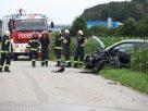 Schwerer Crash fordert zwei Verletzte